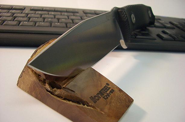 Нож LionSteel M5 G10